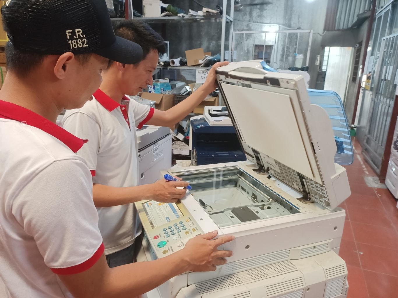 Tuyển kỹ thuật viên sửa chữa máy photocopy - tuyển kỹ thuật học việc sửa chữa máy photocopy